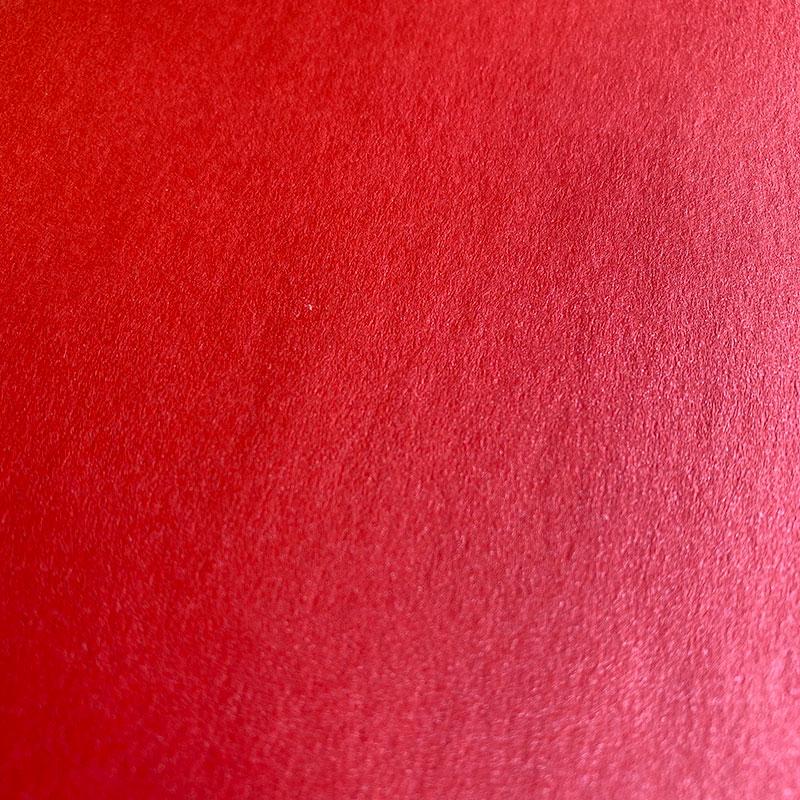Gladek rdeč sijoč papir